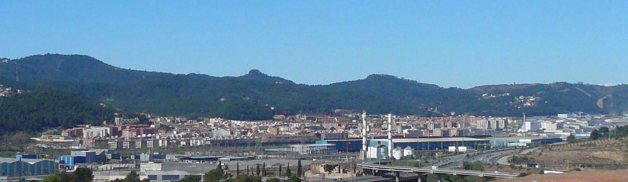 Sant_Andreu_de_la_Barca_des_de_Can_Perera_(el_Papiol)